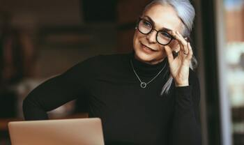 Few Interesting Reasons to Date an Older Woman - Wantmatures Blog