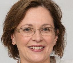 Mujeres maduras en Zaragoza, Blanca