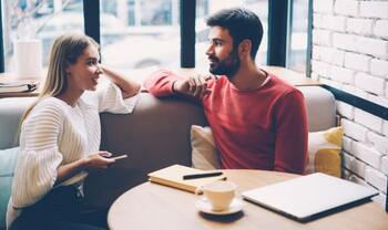 Discover What to Talk about on the First Date - Wantmatures Blog